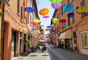 Комплексное обслуживание физлиц - резидентов Италии